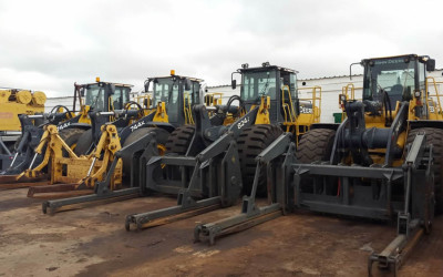 OUR CLIENT'S FLEET WITH PEMBERTON PIPE N POLE GRAPPLES