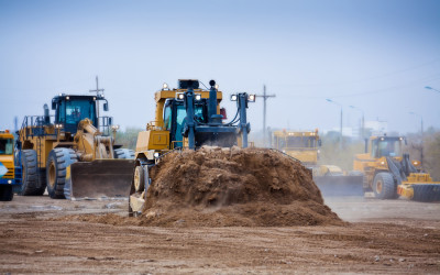 LOADERS, DOZERS, SCRAPERS, AND MOTORGRADERS FOR ANY EARTHMOVING PROJECT